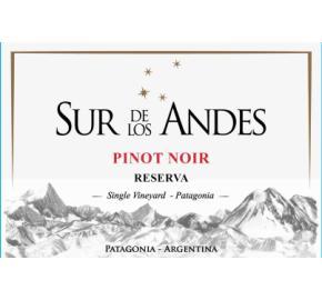 Sur de Los Andes - Pinot Noir Reserva label
